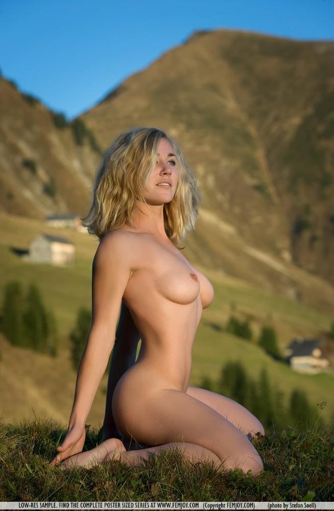 nude art Outdoor